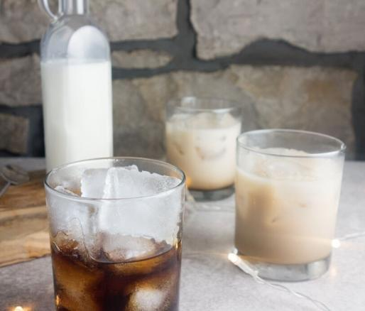 Charmant White Russian Cocktail