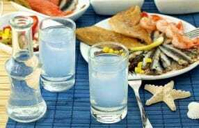 WAS IST OUZO?