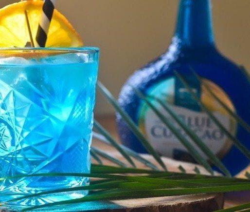 Blue Lagoon Cocktail Mit Blue Curacao