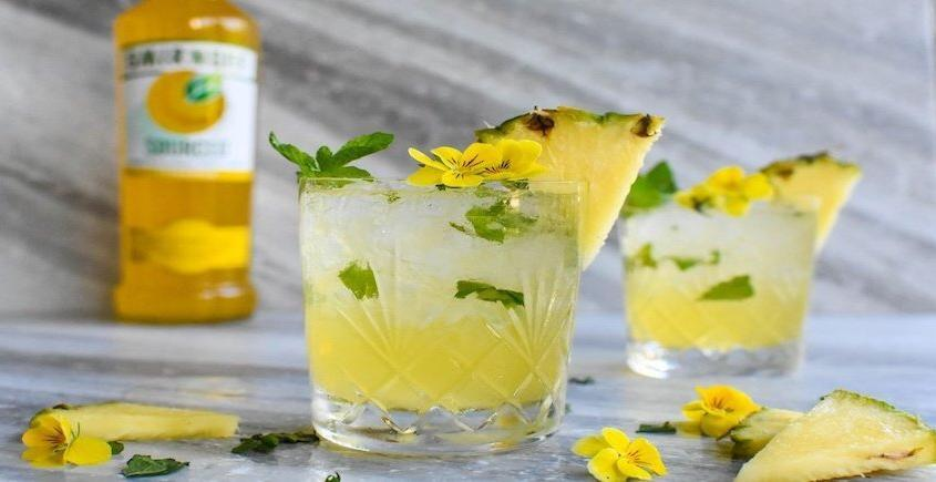 Pineapple Caipiroska