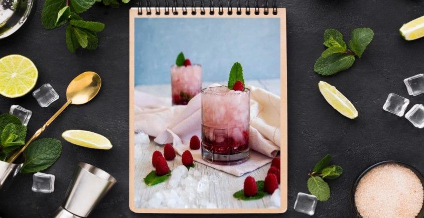 Raspberry-Gin-Smash-Cocktail