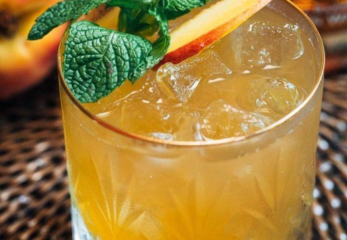 Whisky-Peach-Cocktail