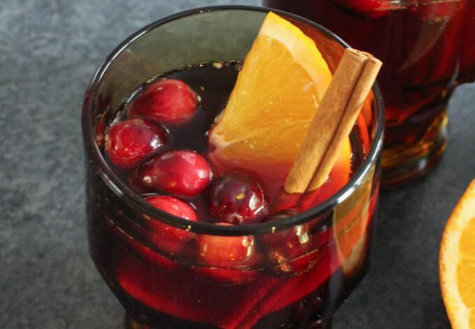 Zimt Champagne Punch